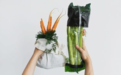 Sustainable food packaging based on essential oils in polymer matrices